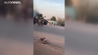 دبابات في شوراع الخرطوم إثر محاولة انقلاب سلاح المدرعات 21/9/2021