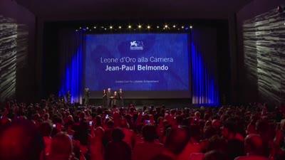 لقطات من حياة الممثل الفرنسي جان-بول بلموندو، توفي سبتمبر 2021