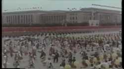رئيس الوزراء الصيني ژو إنلاي يستقبل سيريماڤو بندرانايكه في المطار