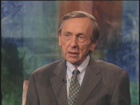 وليام جرايدر ينتقد تفشي الربا في النظام المالي الأمريكي - يحاوره بيل مويرز 2003